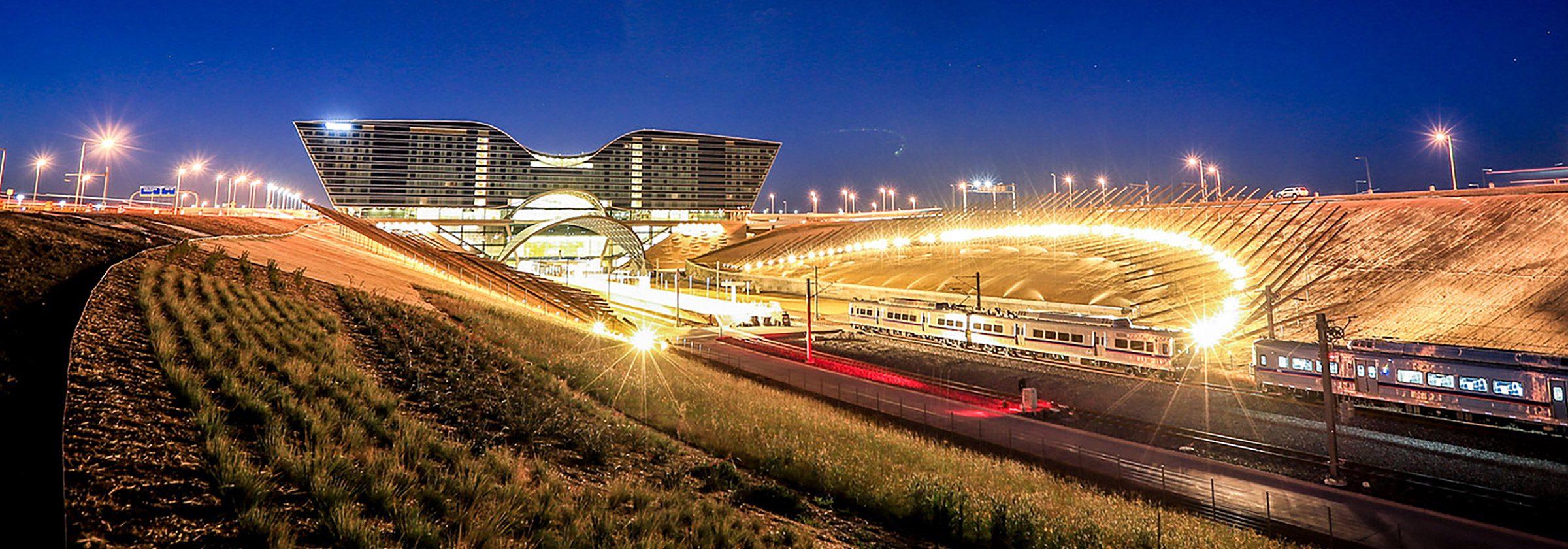 denver international airport hotel amp transit center